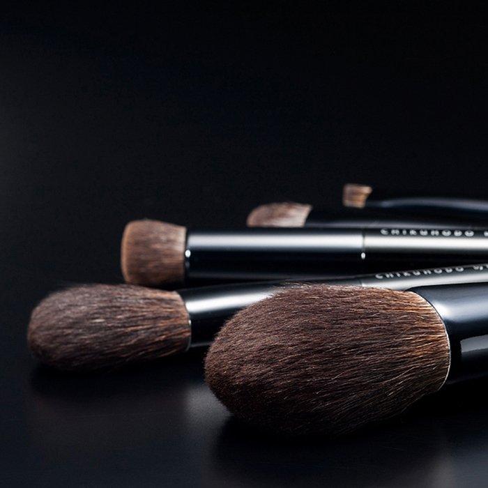 Кисть для макияжа Chikuhodo Face Brush Powder R-P4