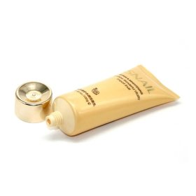 Пенка для умывания с муцином улитки Bioaqua Snail Repair & Brightening Foam