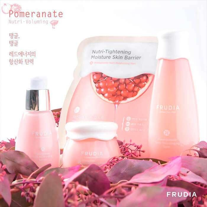 Очищающая пенка Frudia Pomegranate Nutri-Moisturizing Sticky Cleansing Foam
