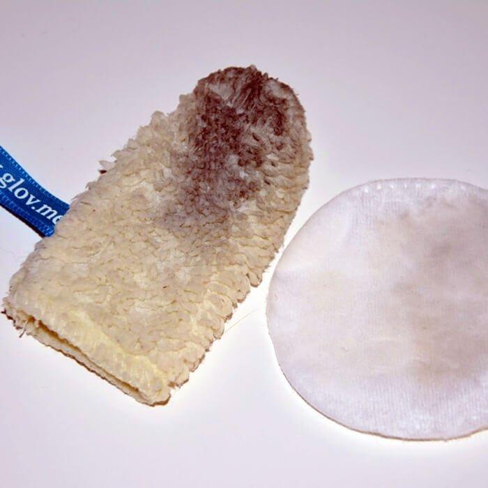 Рукавичка для снятия макияжа GLOV Quick Treat
