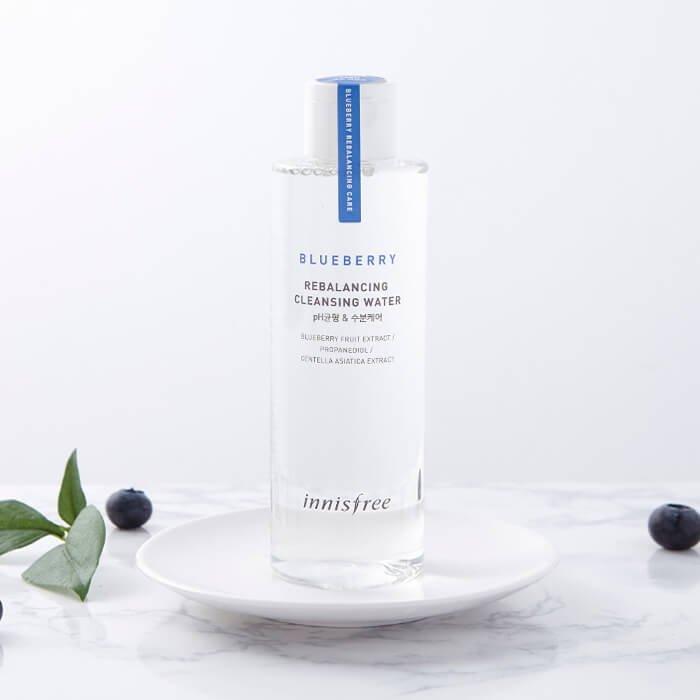Очищающая вода Innisfree Blueberry Rebalancing Cleansing Water