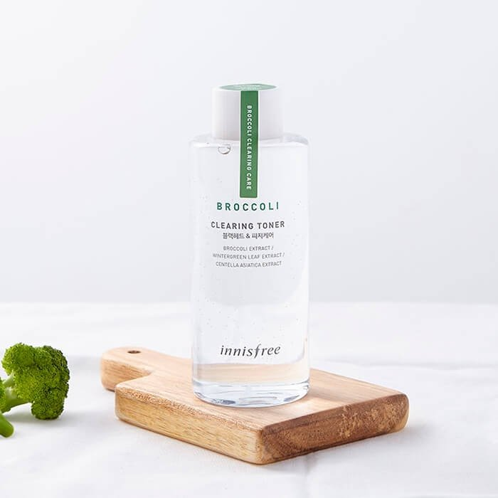 Тонер для лица Innisfree Broccoli Clearing Toner