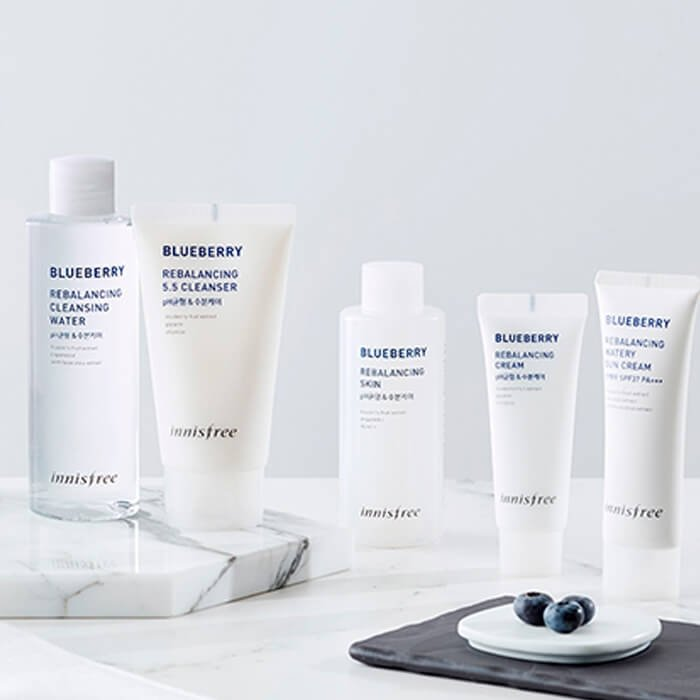 Тонер для лица Innisfree Blueberry Rebalancing Skin
