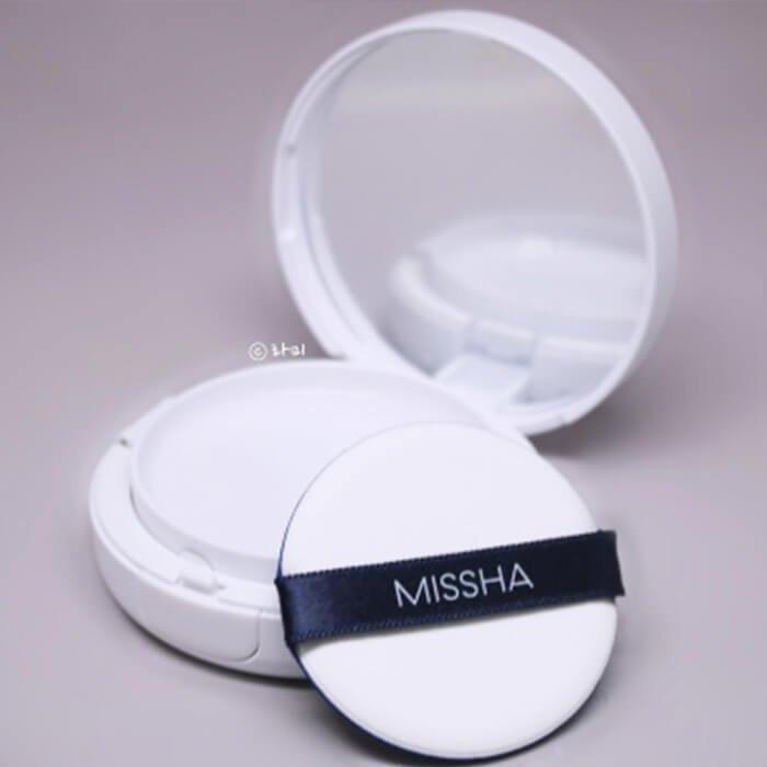 Кушон Missha Magic Cushion - Moist Up
