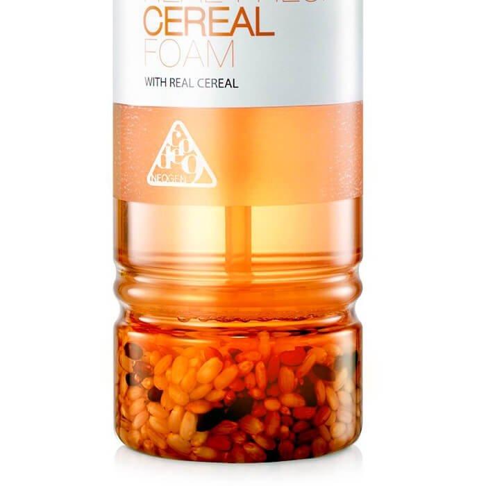 Очищающая пенка Neogen Dermalogy Real Fresh Foam - Cereal