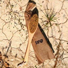 Щётка для сухого массажа тела SIFO - овальная на длинной ручке