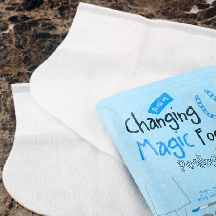 Носочки для педикюра Tony Moly Changing U Magic Foot Peeling Shoes