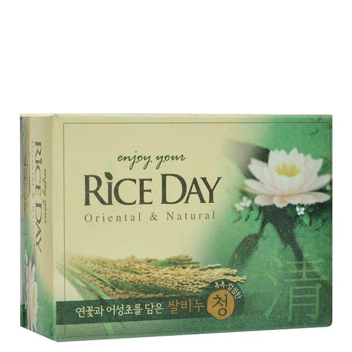 Купить Мыло туалетное CJ Lion Rice Day Oriental & Natural Lotus Soap, Туалетное мыло для рук и тела с экстрактом лотоса и рисовых отрубей, Южная Корея