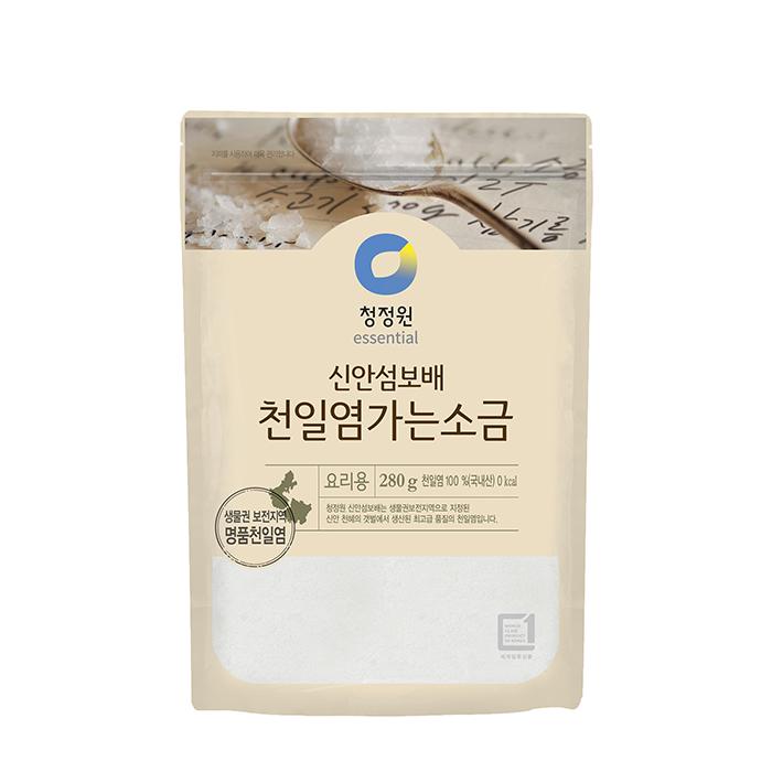 Купить Соль пищевая морская Chungjungwon Sea Salt (280 г), Пищевая морская соль трехлетней выдержки для приготовления различных блюд, Продукты, Южная Корея