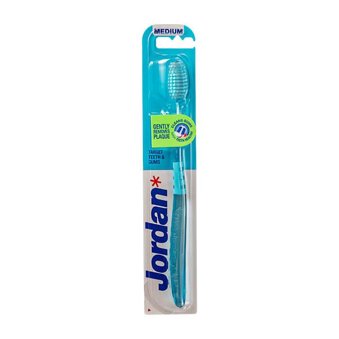 Купить Зубная щётка Jordan Target Teeth & Gums Medium, Цвет #1 Голубая, Зубная щётка средней жёсткости для бережной чистки зубов и отчистки десен, Норвегия